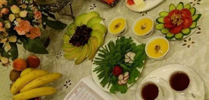 عکس سفره افطار زیبا و ساده و ایده هایی برای تزیین سفره افطار