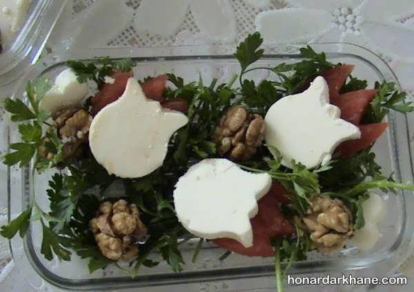 تزیین پنیر با گردو