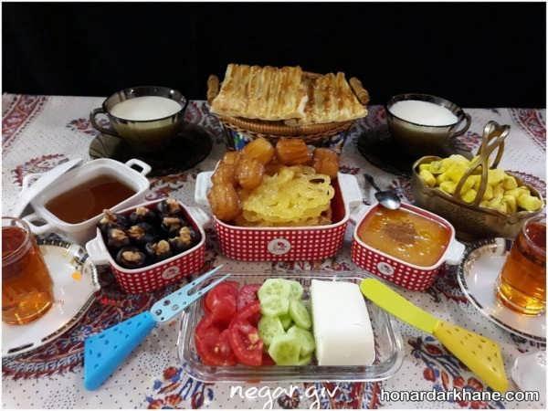 چیدن میز برای افطار
