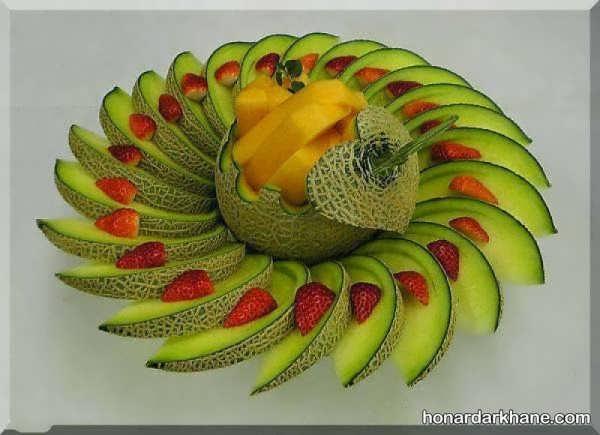 تزیین میوه داخل سینی