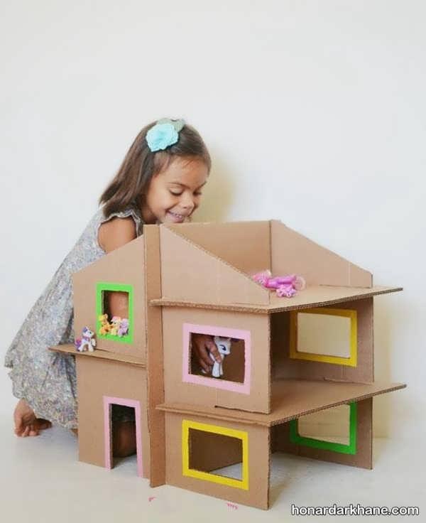 ساخت خانه با کارتن بزرگ