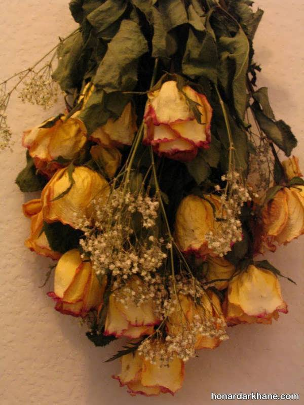 تزیین گل های رز خشک شده