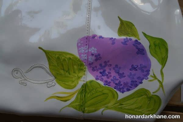 نقاشی روی کیف چرمی