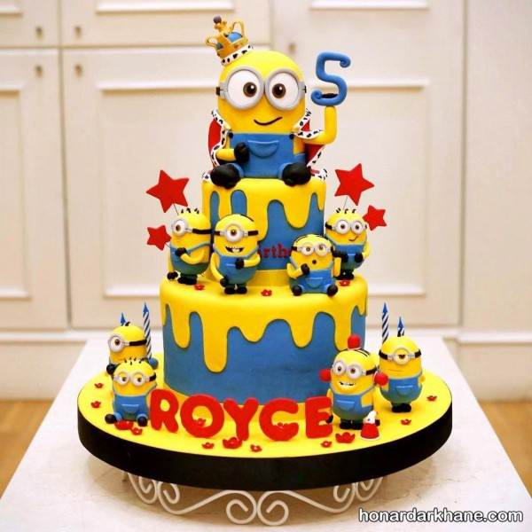 تزیین کیک مینیون