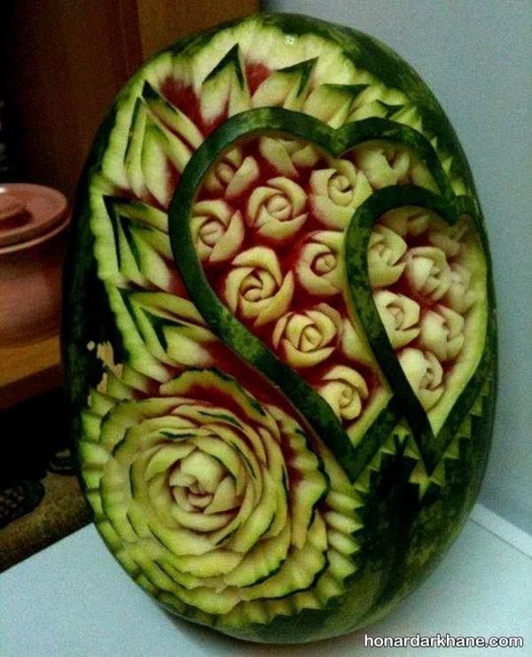 حکاکی روی هندوانه بیضی