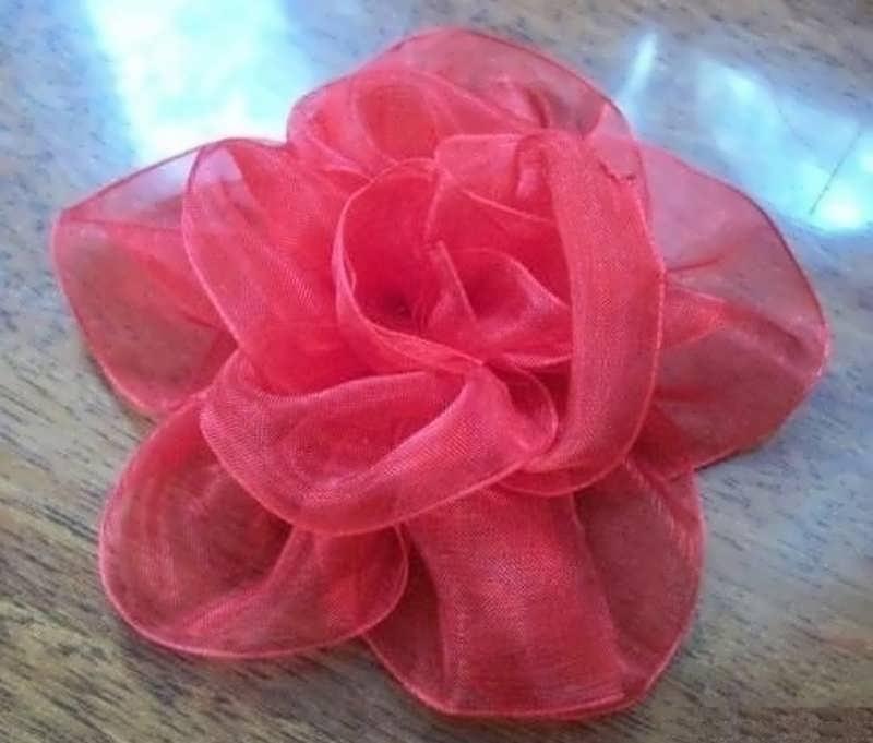 آموزش تصویری ساخت گل با تور برای تل سر و تزیین لباس