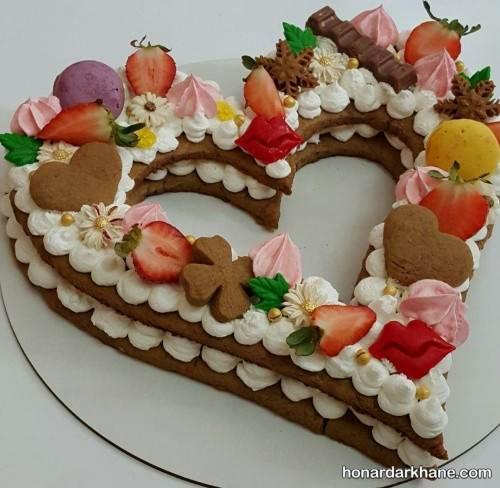 طرز پخت بیسکو کیک قلبی
