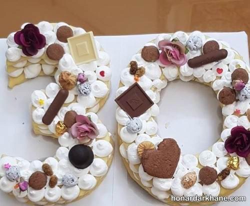 تزیین بیسکو کیک تولد