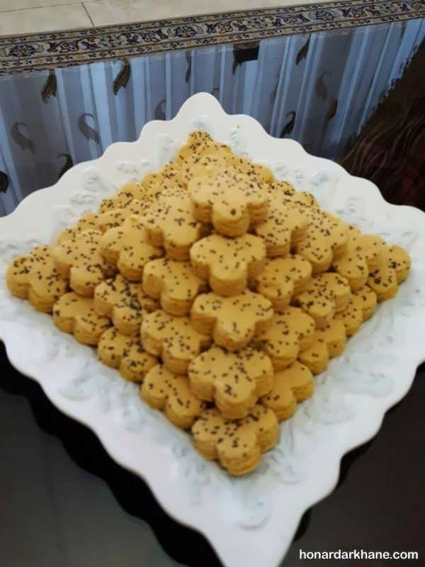 تزیین شیرینی نخودچی برای عید نوروز