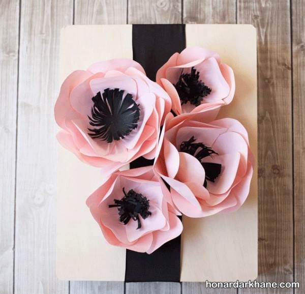 تزیین کادو با گل کاغذی