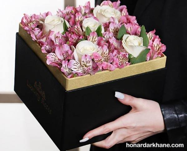 تزیین کردن کادو با انواع گل
