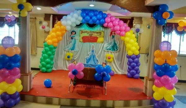 تزیین تولد رنگارنگ