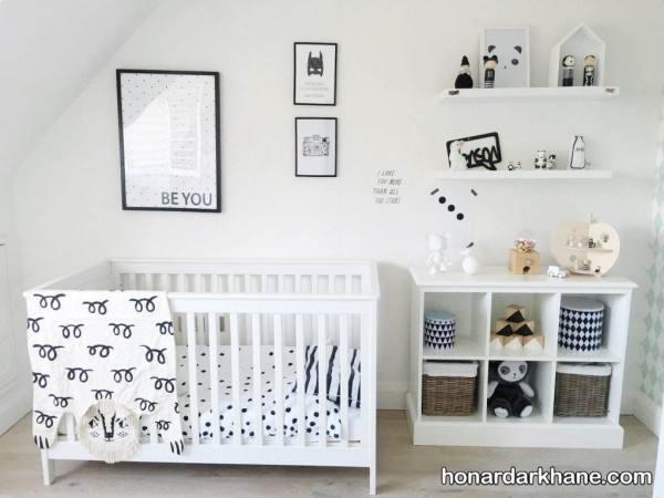 تزیین وسایل اتاق نوزاد