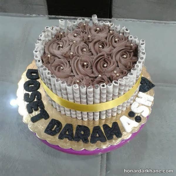 دیزاین انواع کیک با شکلات و خامه