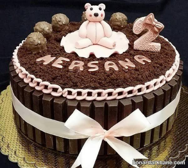 مدل های جالب کیک آرایی با خامه و شکلات
