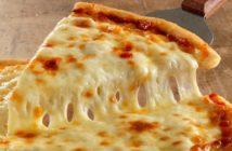 طرز تهیه پیتزای پنیر با طعمی بسیار خوشمزه
