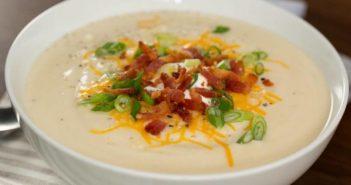 طرز تهیه سوپ پیاز مقوی و خوشمزه مخصوص روزهای سرد پاییز و زمستان