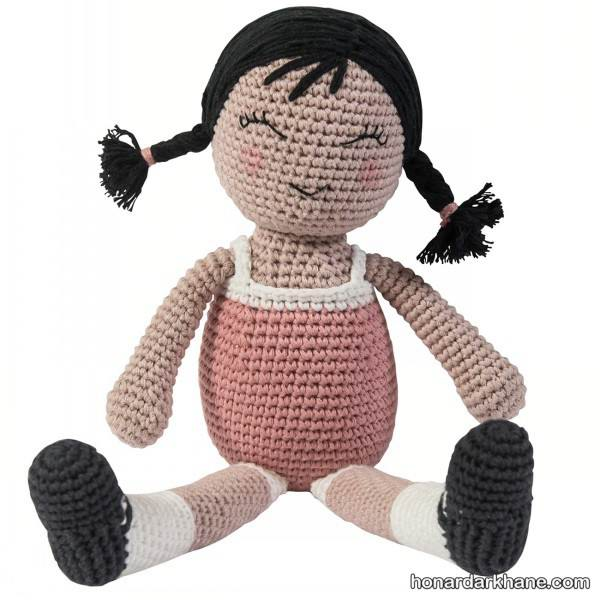 عروسک دخترانه بافتنی