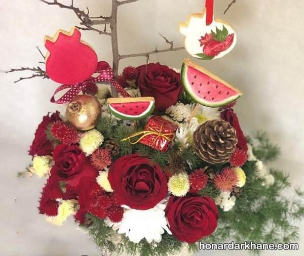 تزیین کادو با گل طبیعی برای شب چله