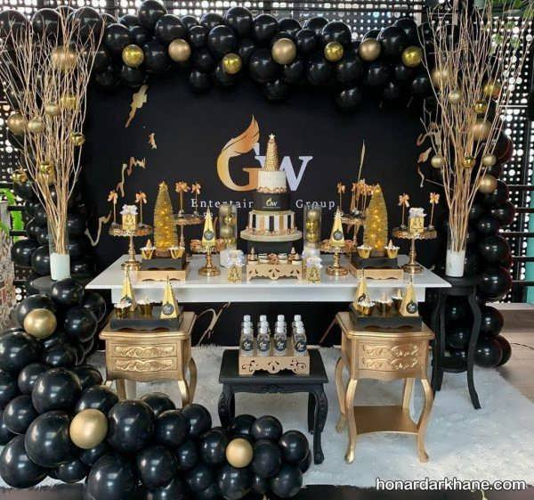 انواع تزئینات جذاب جشن تولد با تم سیاه و طلایی