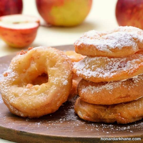 نحوه پخت پیراشکی سیب