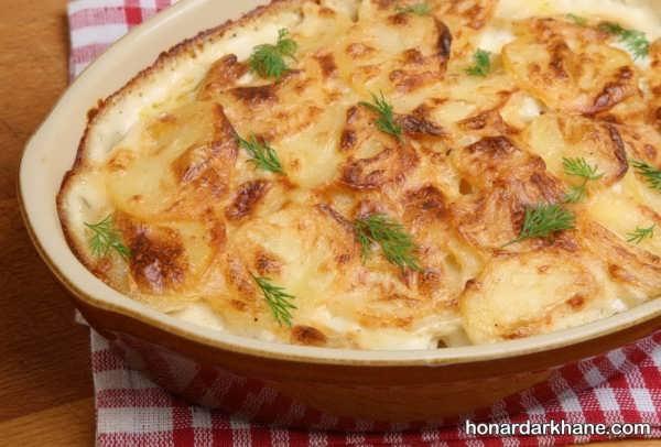 دستور پخت گراتن مرغ و سیب زمینی