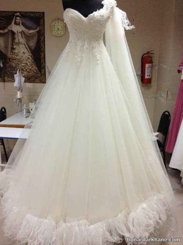 انواع لباس عروس در طرح های شیک