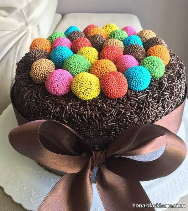 انواع آراستن کیک خانگی به روش های جالب