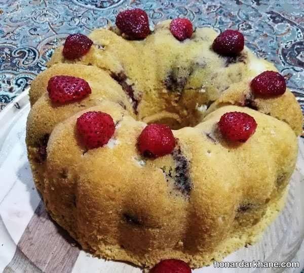 انواع تزیین کیک با میوه و شکلات