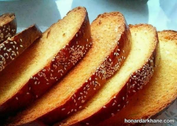 روش تهیه نان سوخاری ترد