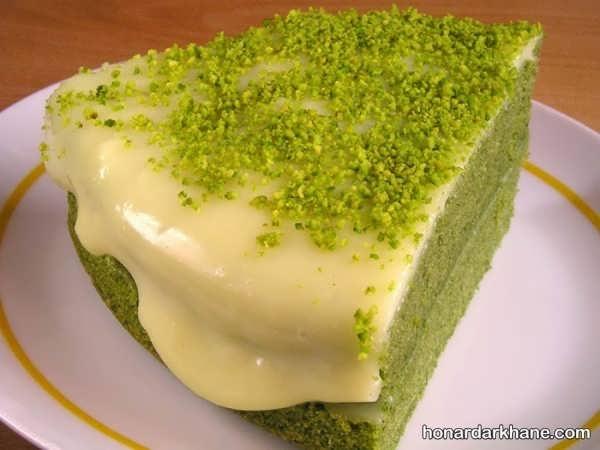 نحوه پخت کیک اسفناج خوشمزه و خوش رنگ