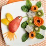 انواع تزیین بشقاب میوه با ایده های جالب و زیبا