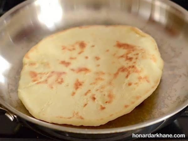 دستور پخت نان در خانه به روشی ساده