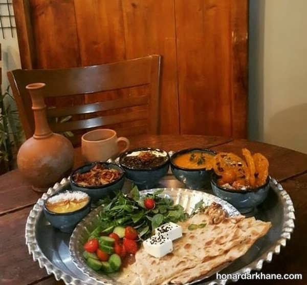 انواع دیزاین بسیار زیبا و ساده میز افطار
