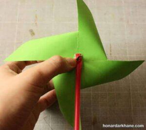 طرز ساختن فرفره کاغذی زیبا و جالب
