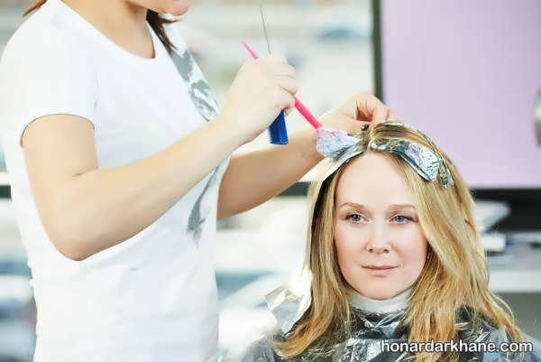 طریقه رنگ کردن مو و نکات آن   رنگ کردن مو در خانه و آموزش ترفندهای مهم برای ترکیب رنگ مو  شماره بندی اکسیدان ها  رنگ نمودن موهای سفید