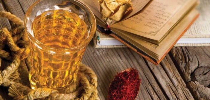 طرز تهیه شربت زعفرانی مجلسی و خوشمزه با دو دستور متفاوت