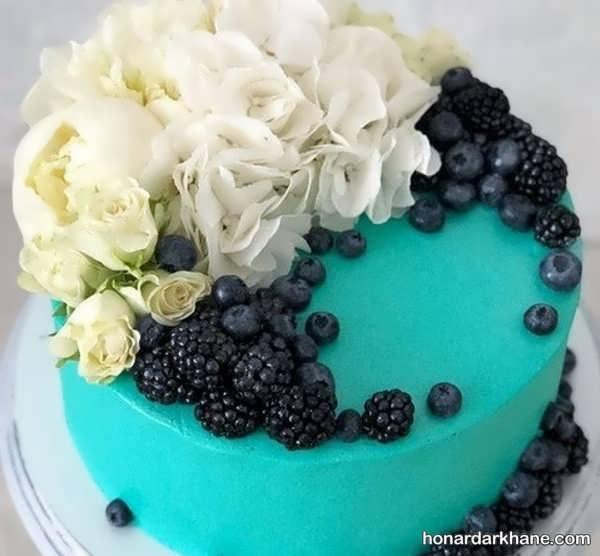 انواع دیزاین شیک و زیبا کیک با گل