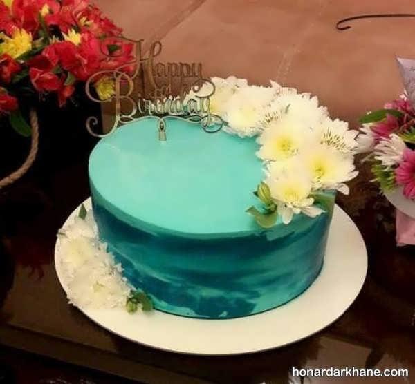 انواع تزیینات شیک کیک نامزدی با گل