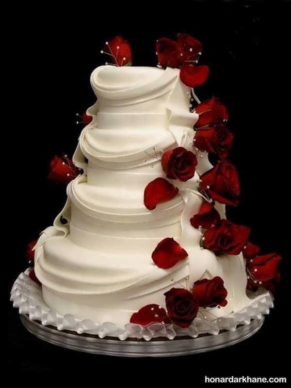 انواع مدل های جدید دیزاین کیک با گل