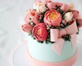 تزیین کیک با گل های طبیعی و مصنوعی که هرگز قدیمی نمی شوند