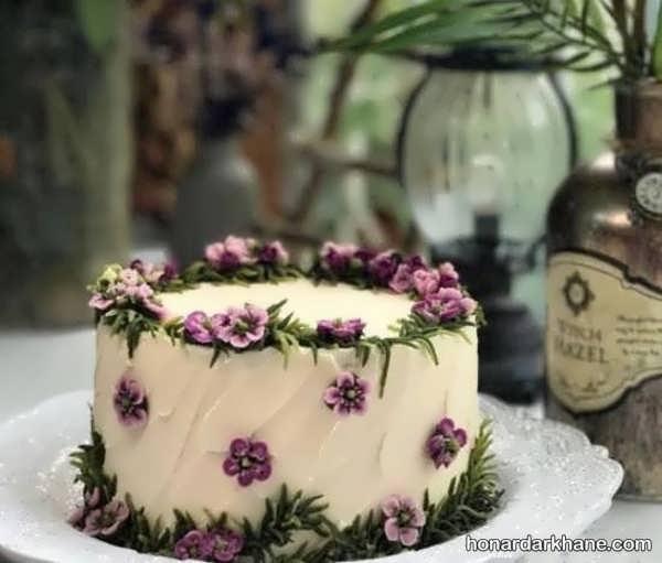 انواع تزیینات جالب کیک تولد با گل