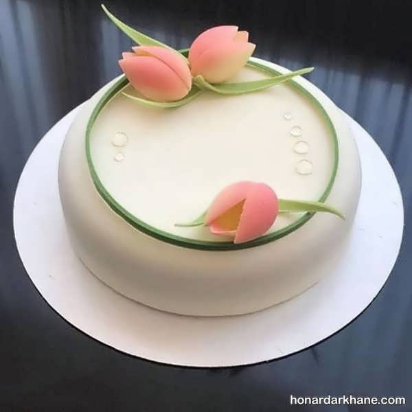 انواع تزیین شیک و جالب کیک با گل
