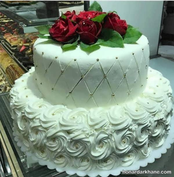 انواع ایده های شیک دیزاین کیک با گل