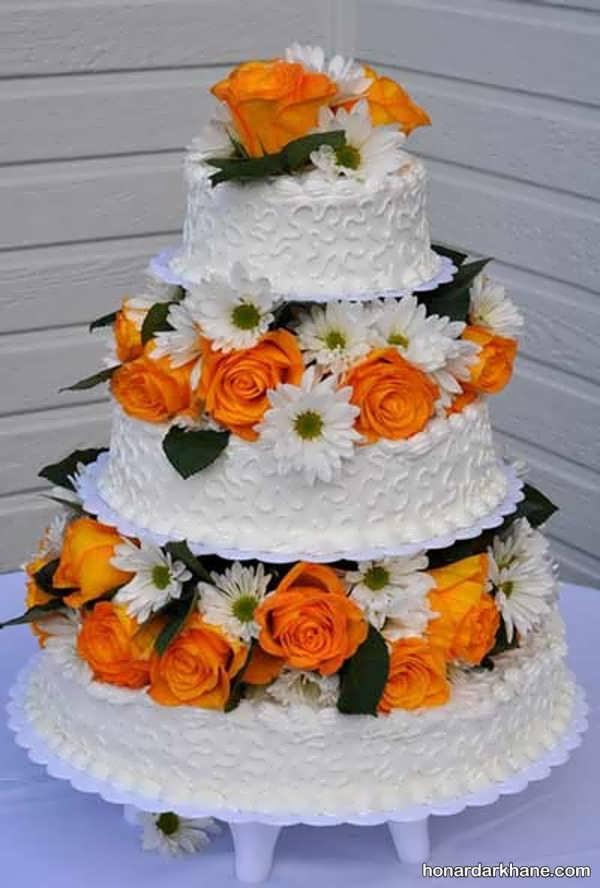 انواع دیزاین جذاب و زیبا کیک با گل