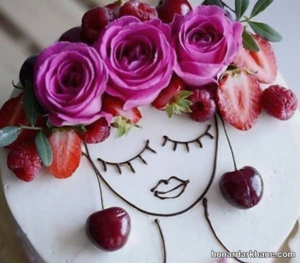 انواع ایده های فانتزی دیزاین کیک دخترانه