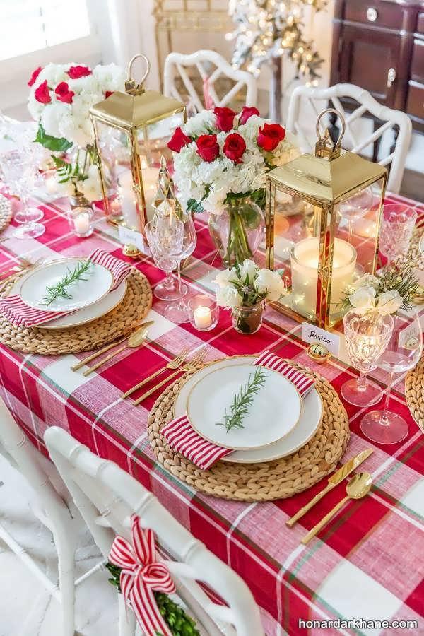 چیدمان زیبا میز کریسمس