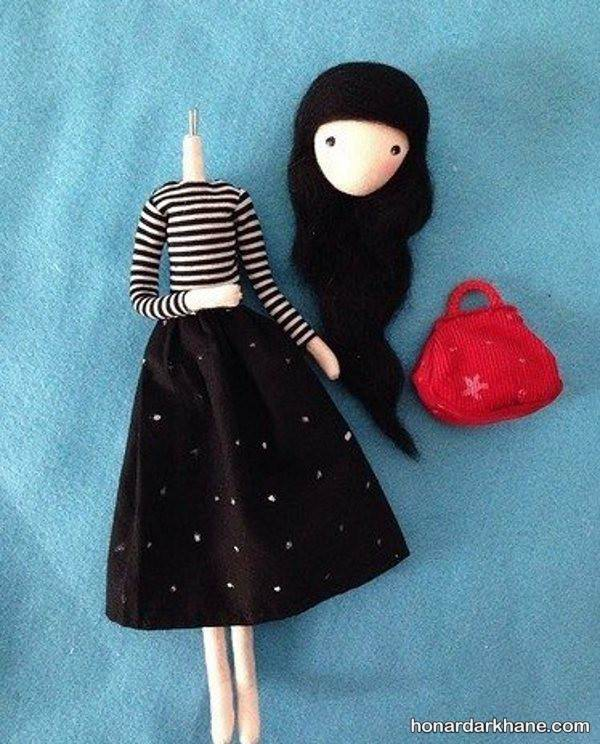 عروسک دختر ساده و زیبا