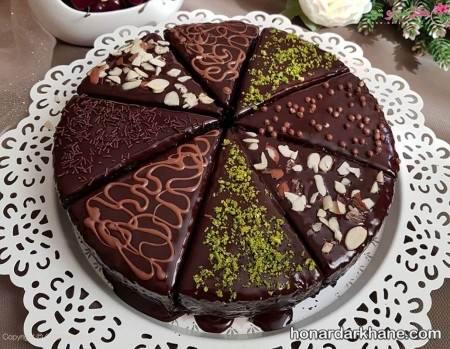 کیک شکلاتی بی تخم مرغ